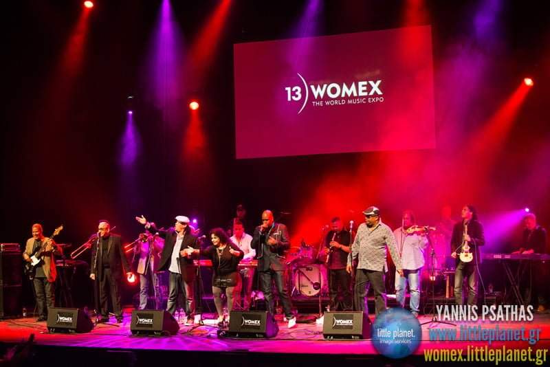 Photo:Juan_Formell_receiving_award_on_behalf_of_Los_Van_Van_WOMEX_13_Artist_Award_(by_Yannis_Psathas) By:WOMEX