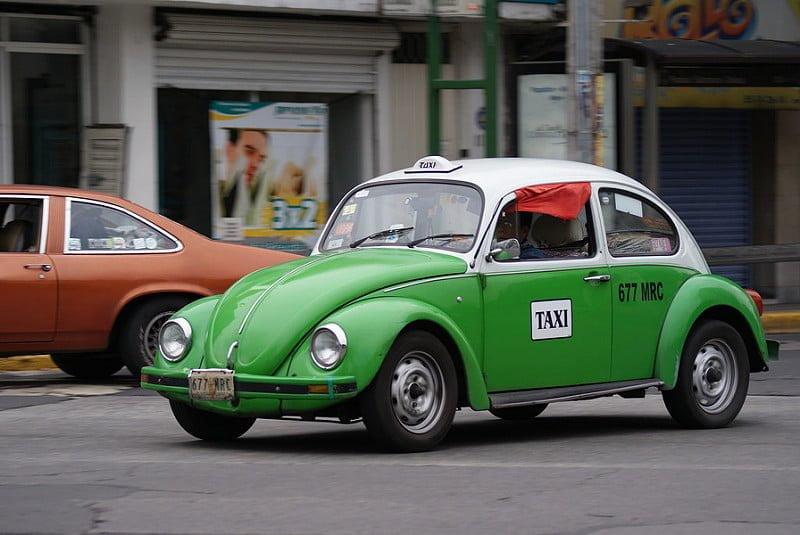 Photo:Taxiiiiiiiiiii By:Fredo in (((Stereo)))