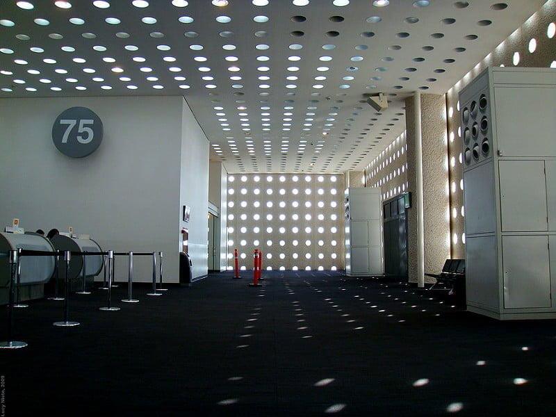 Photo:Aeropuerto de la Ciudad de México Terminal 2 - 2009 4121 By:Lucy Nieto