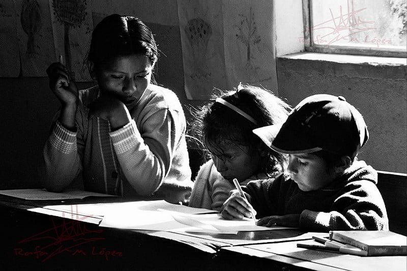 Photo:Estudiando en la sombra By:Pachón - Rafa M. López