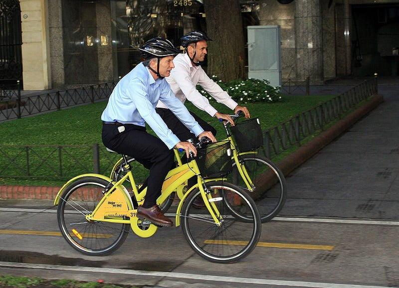 Photo:Mauricio Macri recorre la ciudad en bicicleta (1 de 3) By:Mauricio Macri